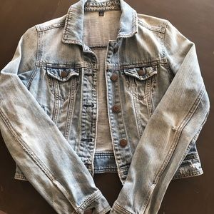 American Eagle Medium Distressed Jean Jacket